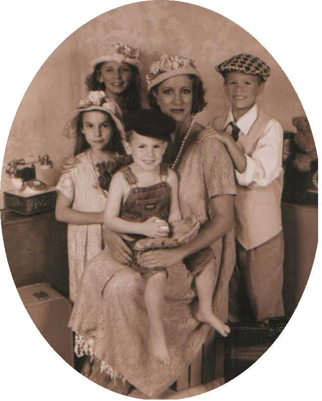 Director and her children; Actual size=180 pixels wide
